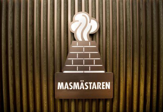 Skylt med Masmästarens logotype